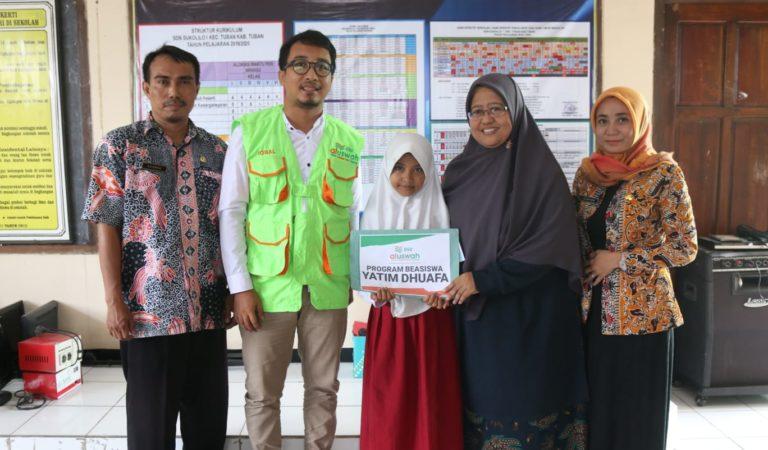 DSU Tuban Salurkan Beasiswa ke Yatim Dhuafa