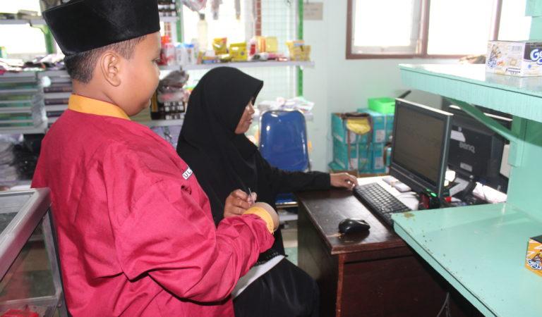 SMPIT Al Uswah Gunakan Teknologi  E-Money dalam Setiap Traksaksi Keuangan Siswa