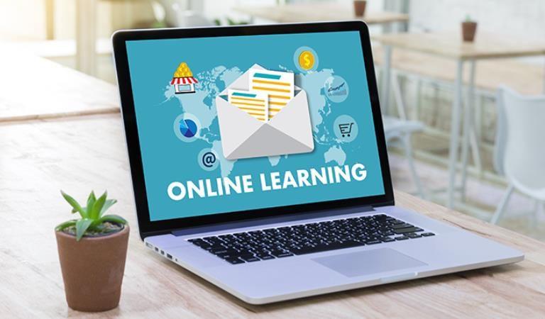 Dampak Covid-19 Sistem Pendidikan Mengalami Perubahan