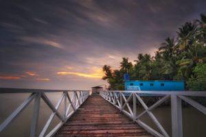 Pantai Kelapa (Foto: seringjalan.com)