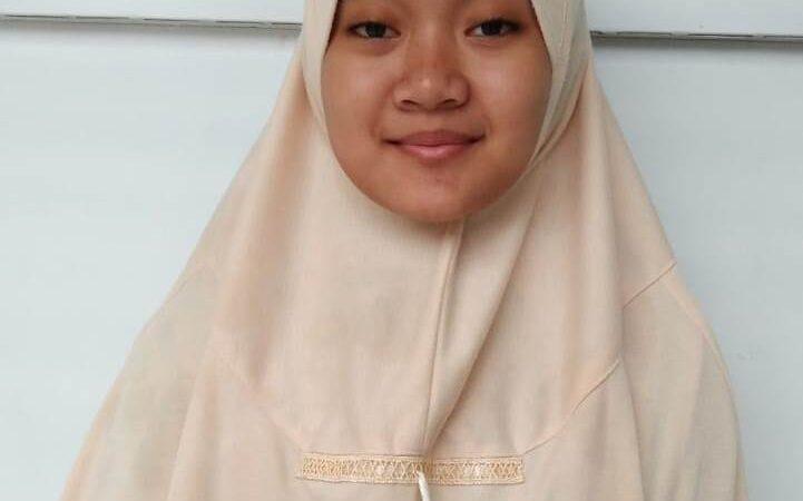 Keren! Santriwati SMPIT Al Uswah Juara English Story Telling Nasional