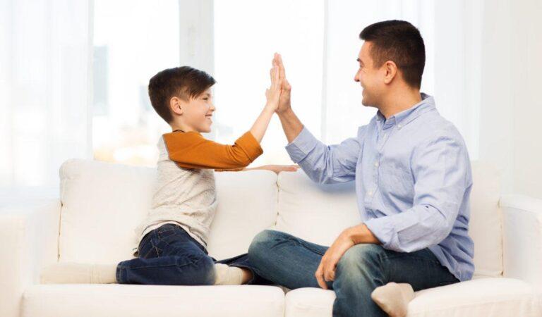 Pentingkah Penghargaan dan Hukuman Buat Anak?