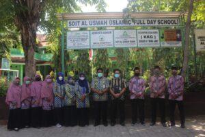 Monev LPMP Jawa Timur ke SDIT Al Uswah (3) (Foto: Humas/2020)
