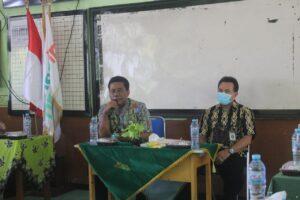 Monev LPMP Jawa Timur ke SDIT Al Uswah (4) (Foto: Humas/2020)