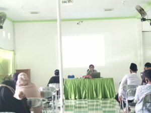 Penyampaikan Waka Kesiswaan SMPIT Al Uswah Tuban (Foto: Humas/2020)