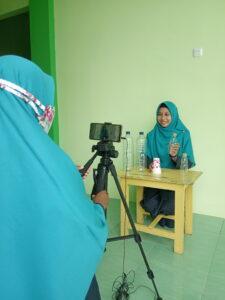 Proses shooting media pembelajaran (Foto: Anik/2021)