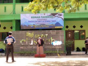 Sambutan Kepala SMPIT Al Uswah Tuban (Foto: Naim/2021)