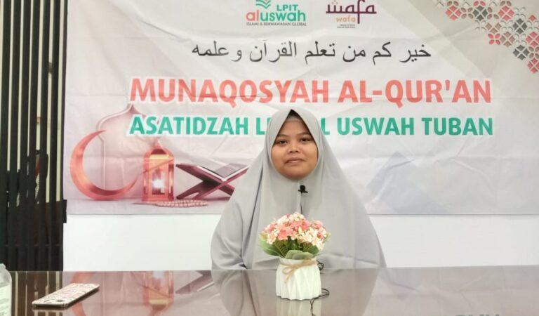 Ustazah Zakiyah Nur Kholidah SMPIT Al Uswah Ujian Tasmi' 5 Juz