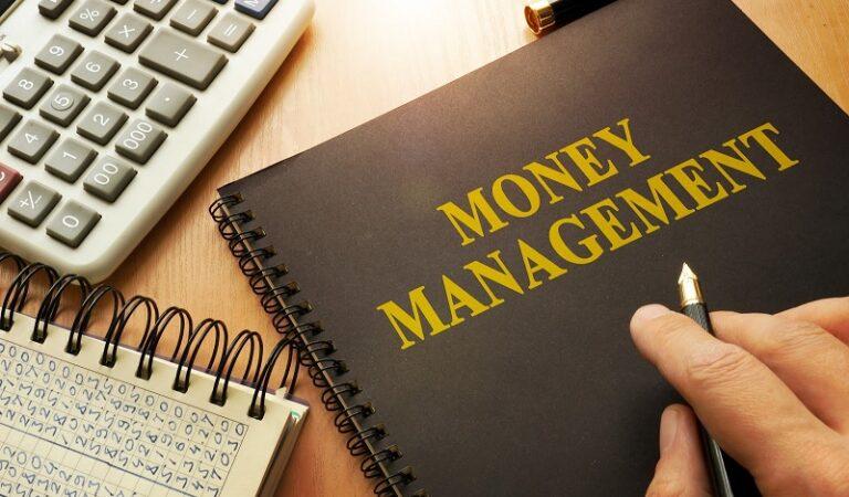 Ajarkan Anakmu Mengelola Uang dengan Baik