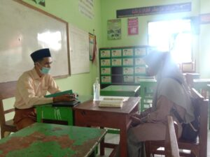 Ustaz Achmad Maulana saat tes pelamar (Foto: MC/2021)