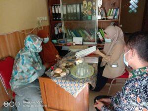 Proses audit di TPAIT Al Uswah Tuban didampingi Kabid Pendidikan (Foto: Humas/2021)