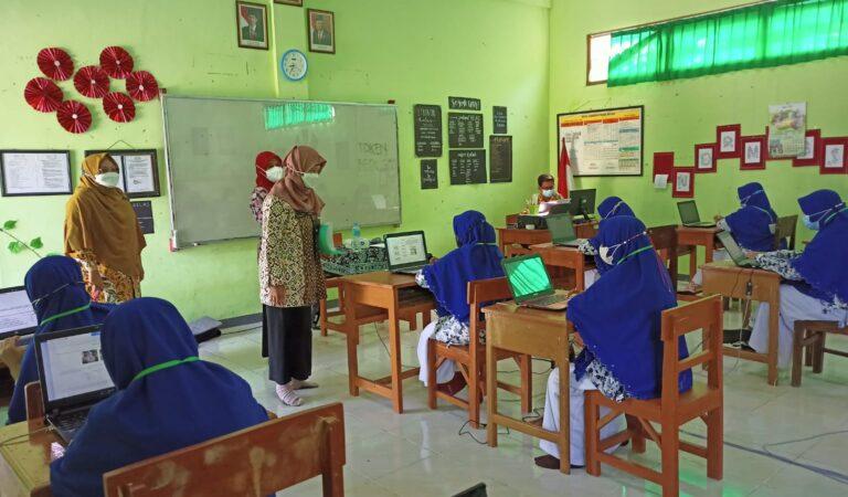 ANBK Kelas XI SMAIT Al Uswah Tuban Sukses Dilaksanakan